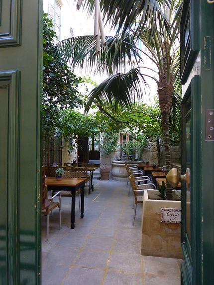 Joli patio à Mdina, Malte