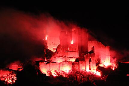 Embrasement château des évêques