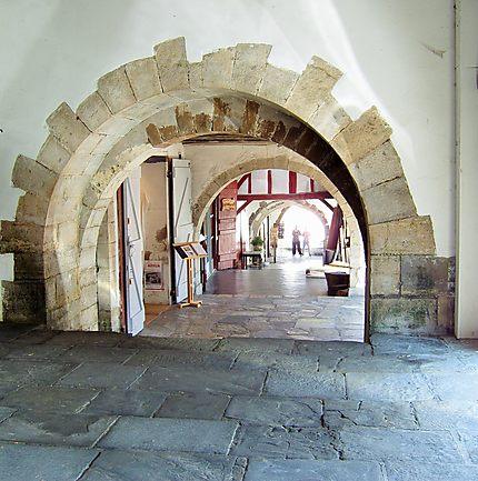Fraicheur sous les arcades