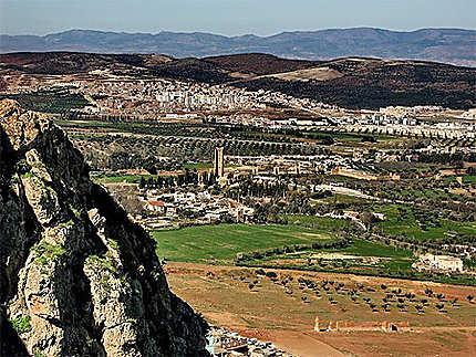Vue d'en haut sur les ruines de Mansourah