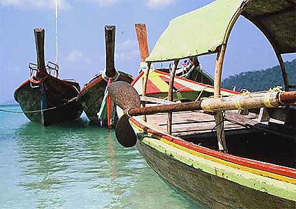 Barques thaies