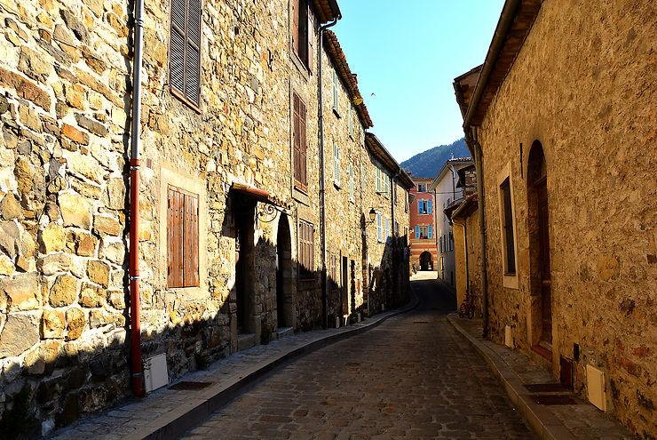 La Tour-sur-Tinée, pittoresque village du Mercantour