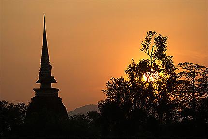 Coucher de soleil à Old Sukhothai