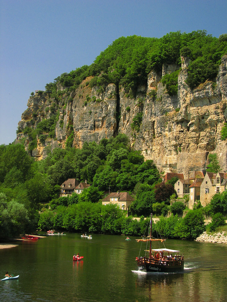Le Périgord au fil de l'eau : la Vézère en canoë-kayak et la Dordogne en gabare