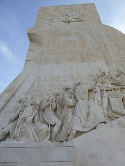 Au pied du monumento das Descobertas, Belém