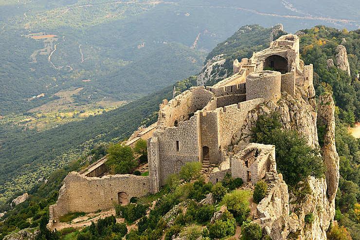 Peyrepertuse et les châteaux cathares (Aude)