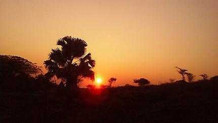Coucher de soleil près de la grotte d'Anjohibe