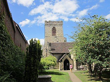 Petite église cachée