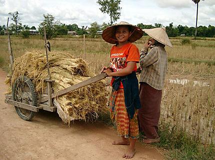 petites paysannes laotiennes