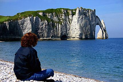 Les falaises d 39 tretat mer falaise tretat seine maritime normandie - Les portes d etretat maniquerville ...