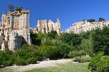 Cheminees De Fee Ille Sur Tet Pyrenees Orientales Languedoc