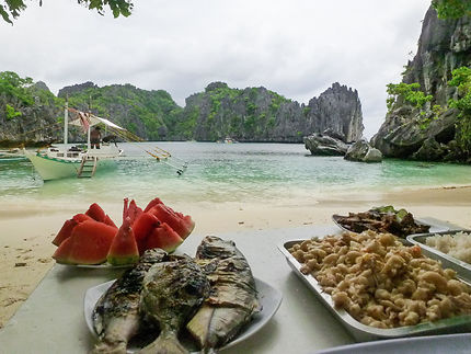 Dejeuner au paradis à El Nido, Philippines