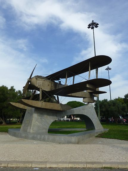 Avion ancien à Belém, Lisbonne