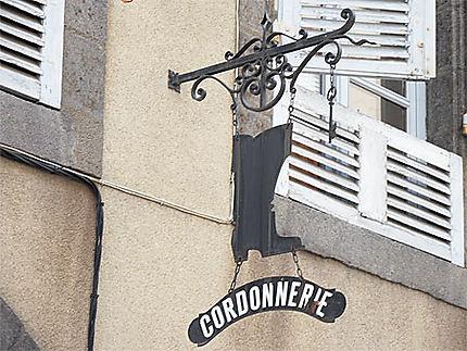 Riom. Rue Gomot