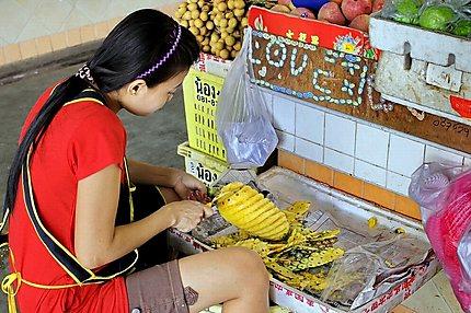 Banzaan food market