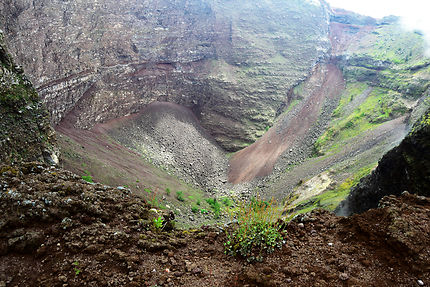 Le cratère du Vésuve