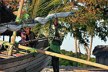 Femmes de pêcheurs à Komajara