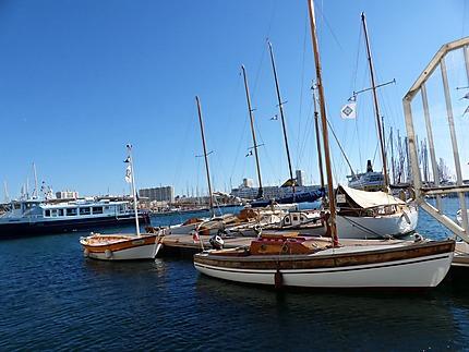 Bateaux de plaisance port de Toulon