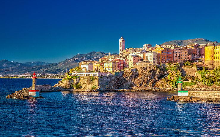 Corse: Vacances de rêve 4* & 5* avec vol + hôtel jusqu'à -70% ! - Bon plan voyage Corse | Routard.com