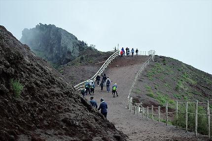 Promenade au sommet du Vésuve