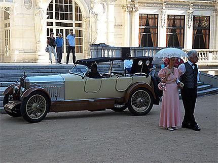Vichy. Casino et voitures anciennes