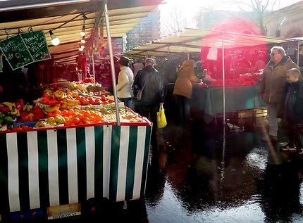 Le marché de la place de Joinville