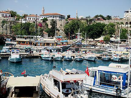 Le vieux port d'Antalya