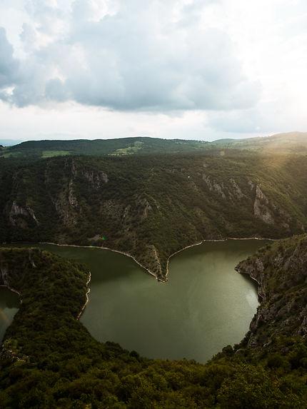 Coucher de soleil sur l'Uvac, en Serbie