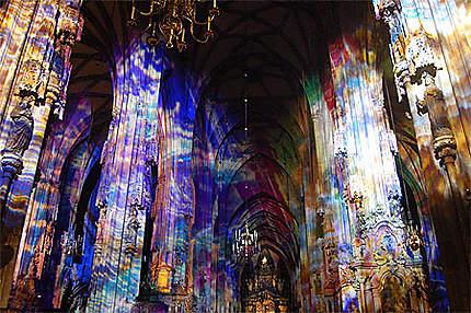 Eclairage à l'intérieur de la cathédrale Saint Etienne