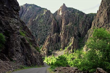 Route dans le fond de Black canyon of the Gunnison
