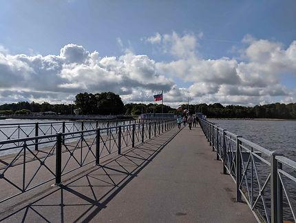 Ponton d'arrivée de Peterhof