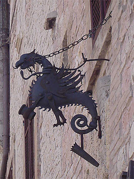 Dragon en fer forgé