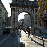 Arc des Sergii