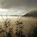 Aurore sur le Gunung Batok