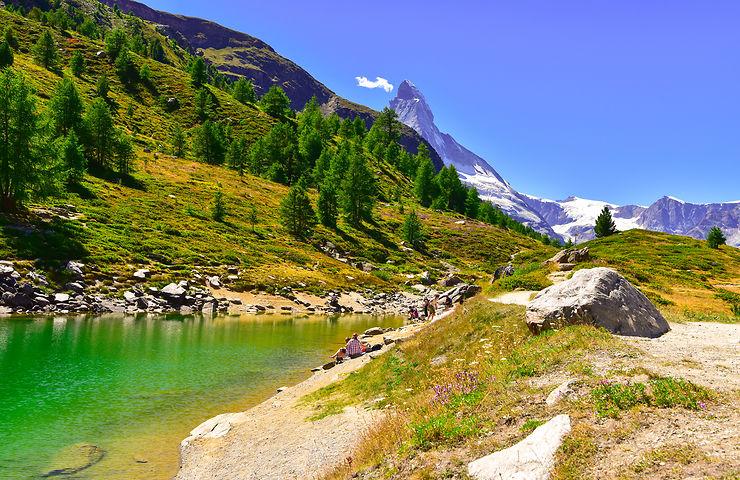Le lac Vert et le Cervin, Suisse