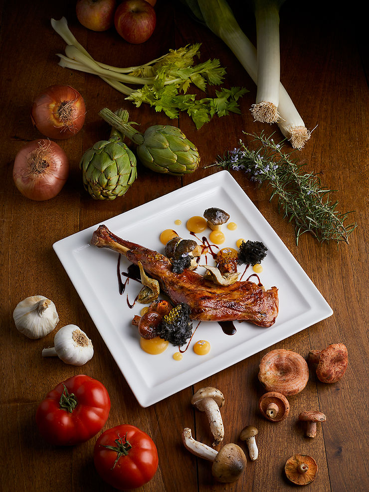 1/ Découvrir les plats typiques : calçots, pan amb tomaquet, fromages…