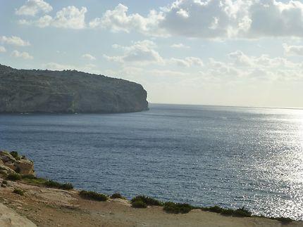 Près de la Grotte Bleue, au Sud de Malte