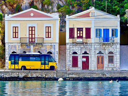 Le bus de Symi, Grèce