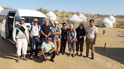 Sur la Route de la Soie en désert Ouzbékistan