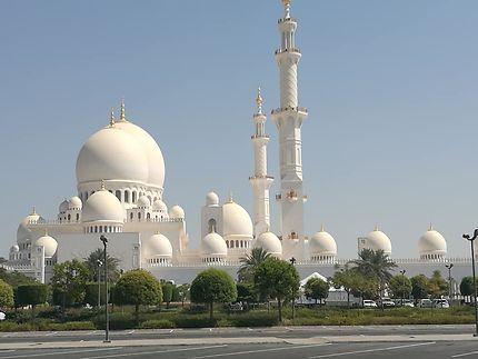 La mosquée « Sheikh Zayed»