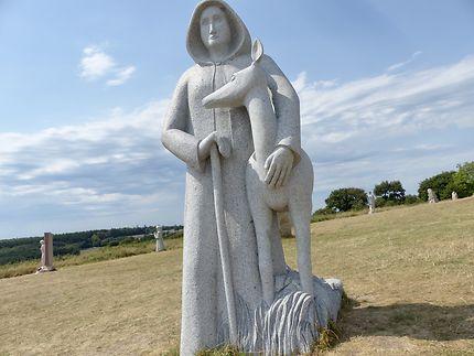 Vallée des Saints - St Eliant -statues des géants