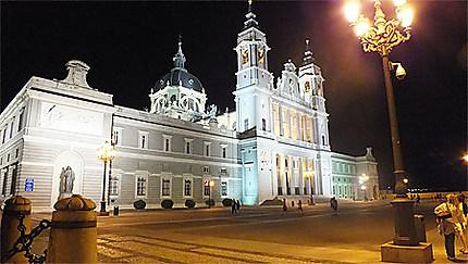 Cathédrale de Notre Dame de l' Almudena