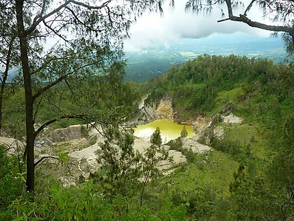 Wawo Muda, dernier né des volcans de Flores