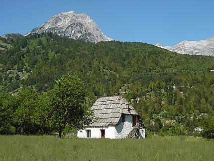 Maison à Valbona