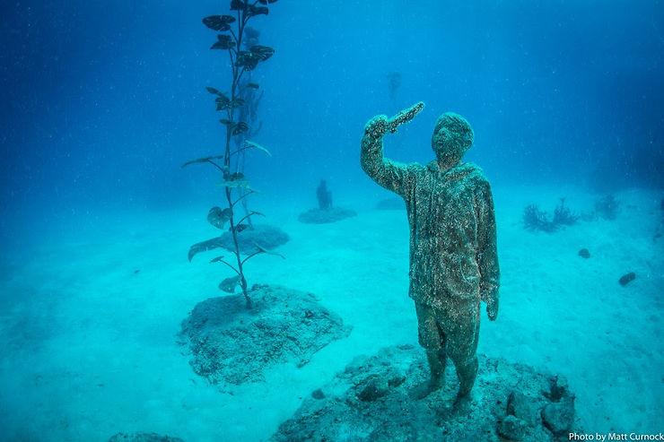 Insolite - Un musée d'art sous-marin en Australie