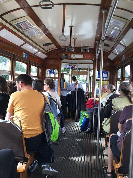 Intérieur du tramway