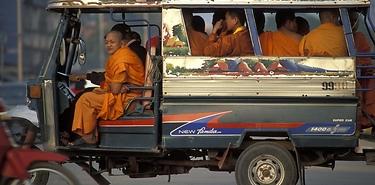 Voyage sur mesure en bateau et voiture - Laos
