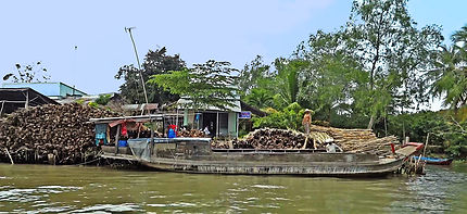 Marché flottant de Cai Bè