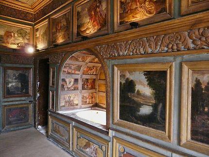 L'intérieur du château de La Roche Courbon