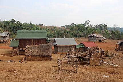 Un village à quelques kilomètres de Sen monorom